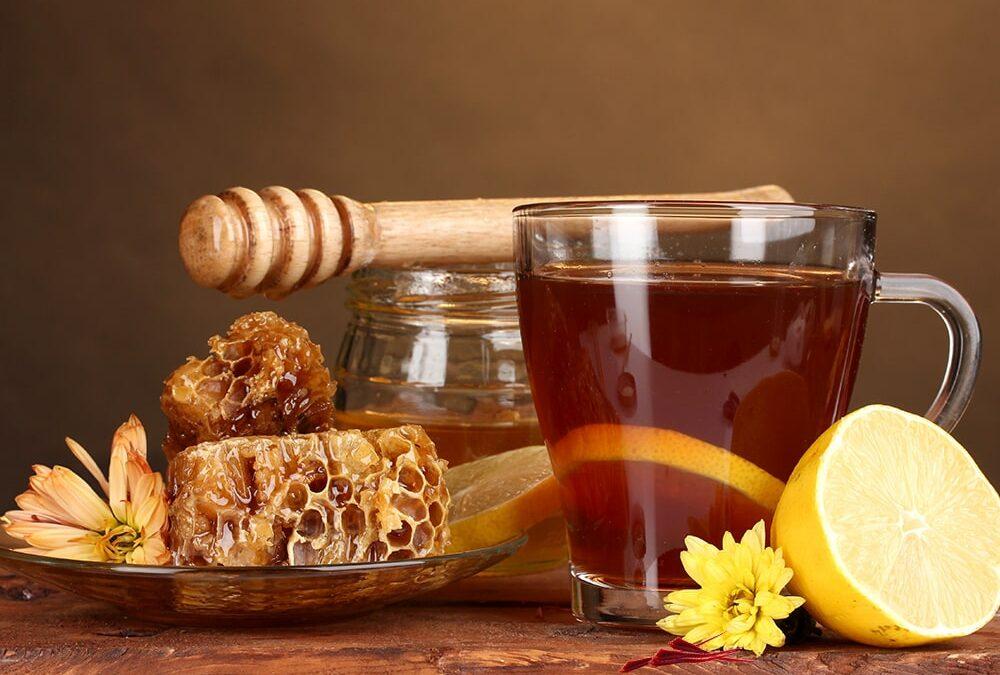 Saffraan thee met honing