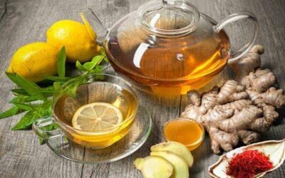 Saffraan thee met gember en citroen